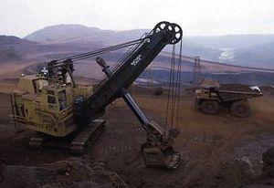 Garajas_biggest_crane