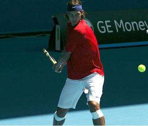 Nadal_red_wear_bs