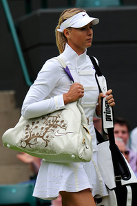 Wi_wear_sharapova