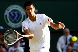 Djokovic_fs_white_racket