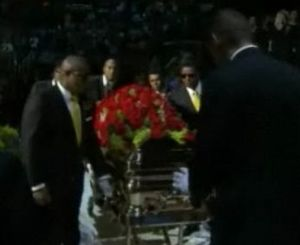 Mj_casket_with_flower2