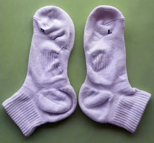 0820uniqlofitsocks1