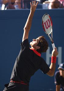 Federer01_ser_t_position