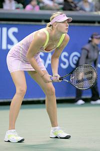 Sharapova_rp_long_leg