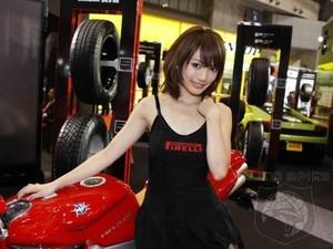 1_motor_girl