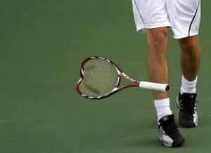 Safin_broken_racket