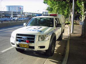 Police_van_ford