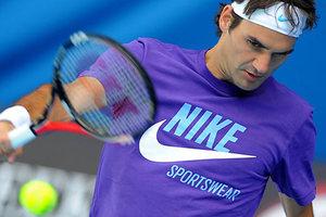 Federer_practise_bs_imp